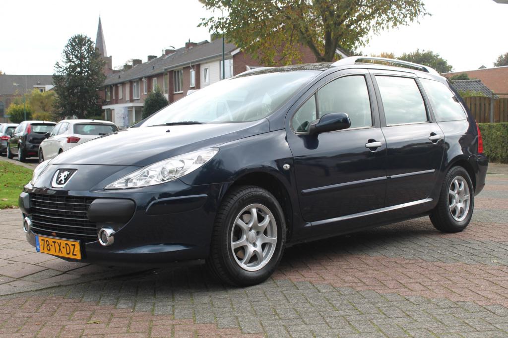 Peugeot-307-thumb